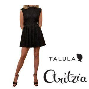 ✨Aritzia Talula Waldorf Dress